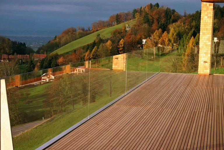 Volglazen-balustrade-gehard-gelaagd